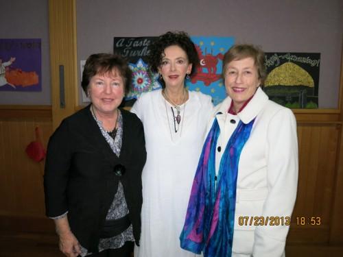 Susan-Rice,-Christine,-Lia---Towoombax